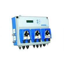 Измерительно-дозирующая станция Kommander pH / Redoх с двумя перистальтическими насосами 1,5 л/час, с контролем работы фильтрации и нагрева