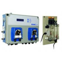 Измерительно-дозирующая станция POOLBasic EVO pH / FChlor Amp с двумя встроенными перистальтическими насосами 1,5 л/час